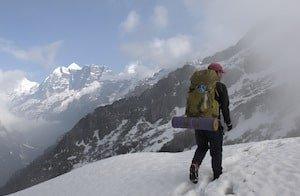 Trekking Makalu Snow Fog