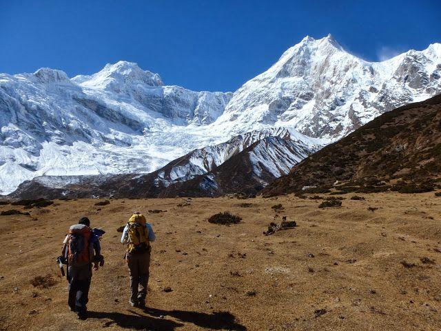 Trekking_to_Sama_12