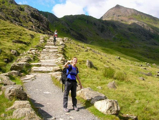 walking-up-mt-snowdon-wales