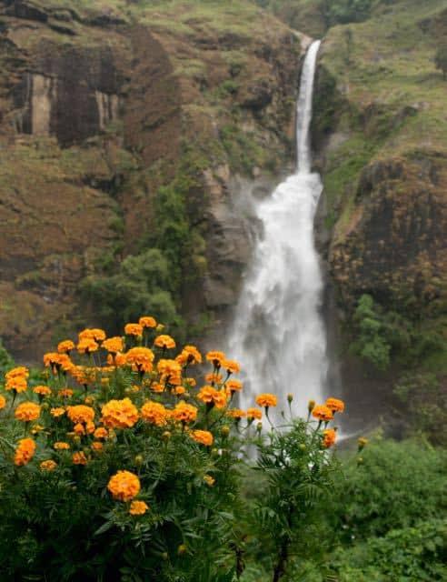 waterfall-annapurna-circuit