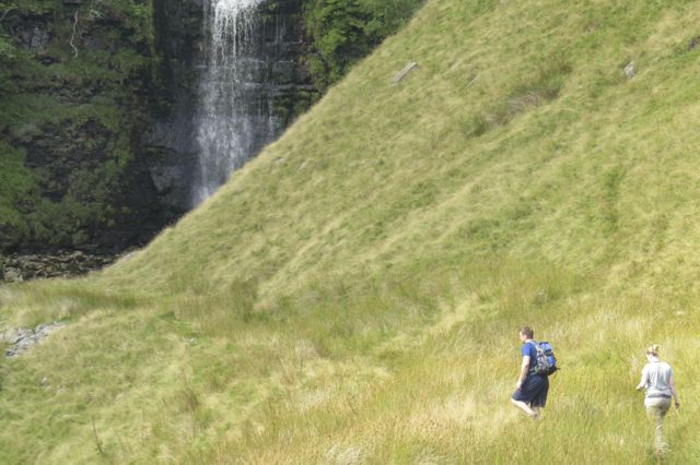 Waterfall_on_Whernside_18