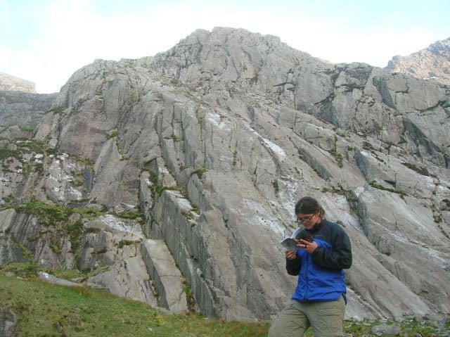 Woman-Climber-Guide-Book-North-Wales-Tryfan