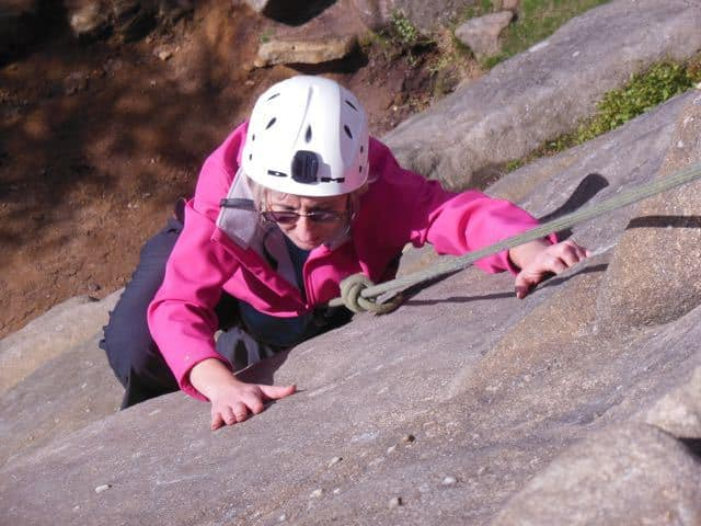 Woman-Top-Rope-Climbing-Peak-District-The-Roaches