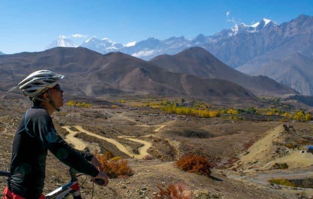 Worlds-Longest-Mountain-Bike-Descent