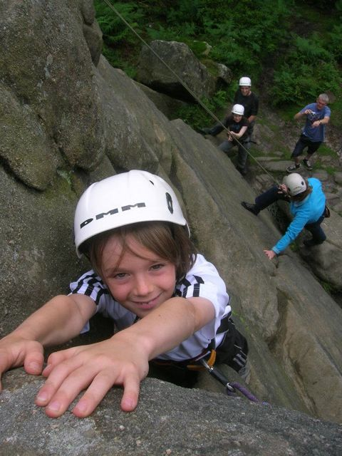 Young_climber_conquering_the_Cyclops_at_Brimham_Rocks_26