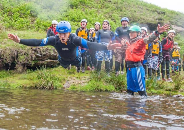 gorge-walking-derbyshire-jump