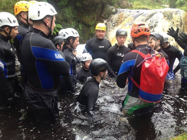 scout-group-gorge-scrambling