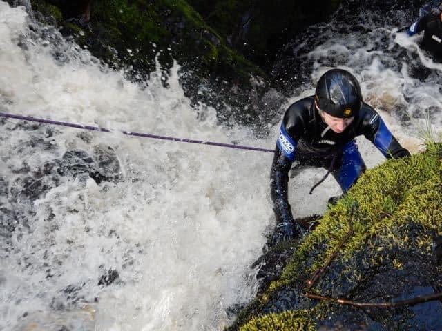 scrambling-up-waterfalls-derbyshire