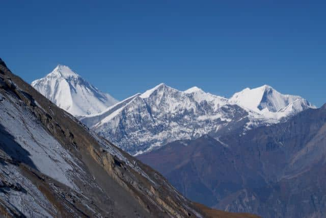 tukuche-peak-and-dhaulagiri